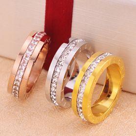 c6a8a908313 Bvlgari кольцо с фианитом в желтом золоте 2131